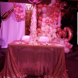 Hello Divine Pink Party
