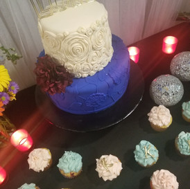 Hello Divine Cake Table