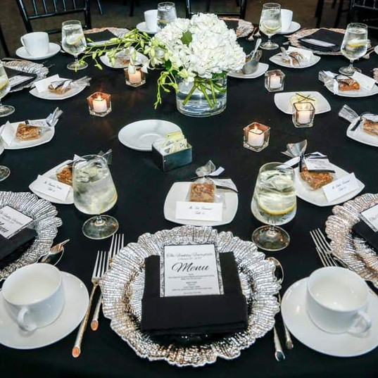 Hello Divine Wedding Tablescape