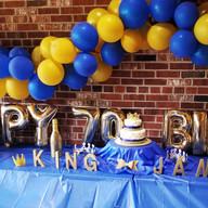 Hello Divine Birthday Balloon Decor