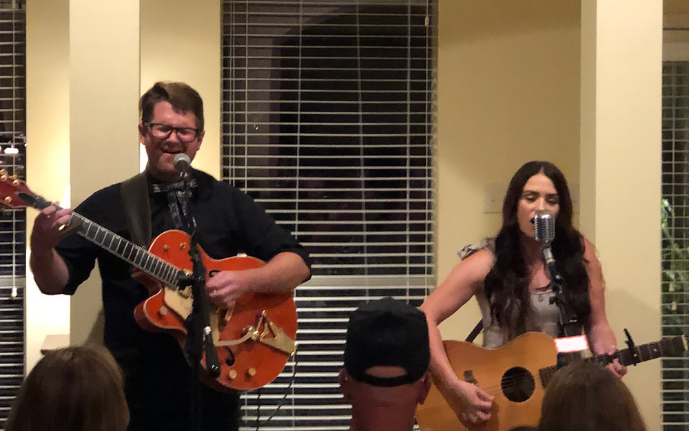 The Young Fables - Laurel Wright and Wes Lunsford performing at The Clear Creek Harbour House Concert