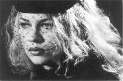Trauernde Witwe