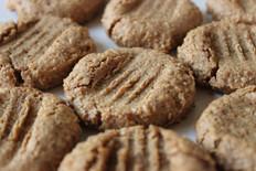 Healthy vegan almond butter cookies