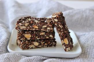 Chocolate hemp seed amaze bars