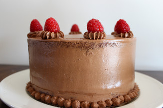 chocolate cake with raspberry filling
