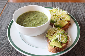Avocado Toasts with Broccoli-Spinach Soup