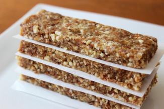 Coconut date granola bars