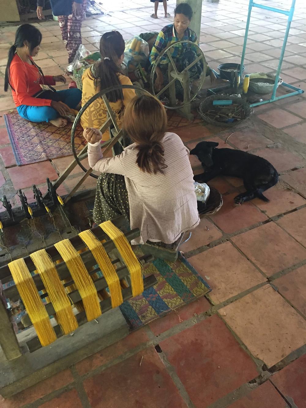 Workshop IKTT women, children, men (and dogs) live and work here