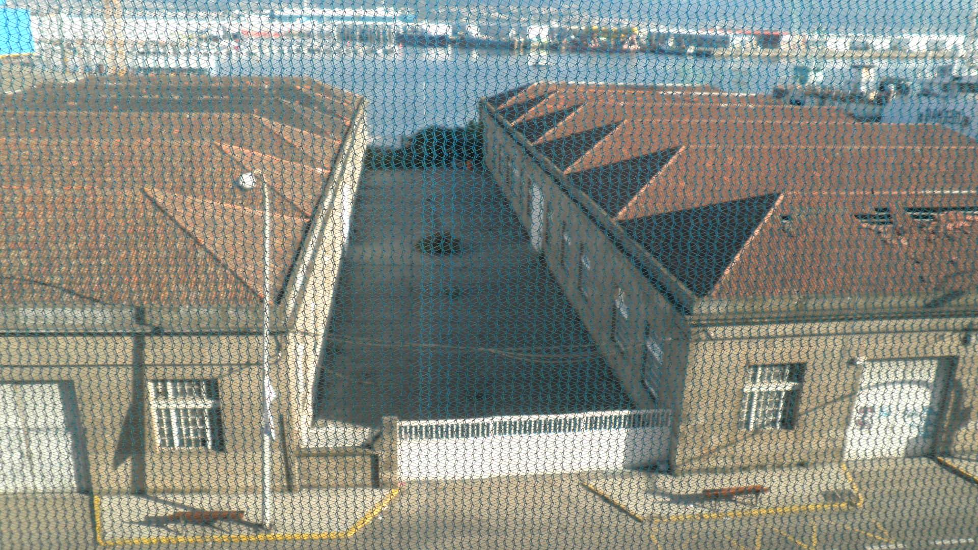 Naves portuarias