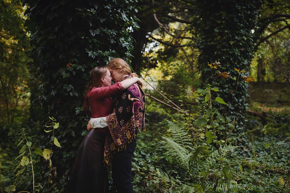 Sample of Raini Scott's Photography - couple in woodland