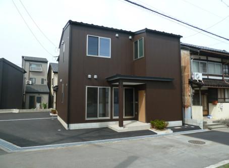 小立野3丁目に一戸建て貸家空きが出ます。 金沢大学病院勤務のファミリーでお探しの方おすすめですよ。