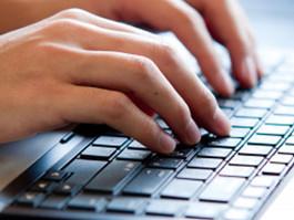 Alfabetizzazione digitale: al via a Reggio Emilia i nuovi laboratori di 'Genitori connessi'