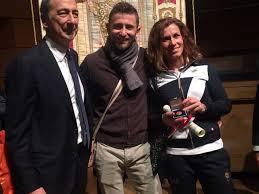 Emanuele Di Marino 28 anni, atleta paraolimpico nella categoria AT 44 specializzato nella disciplina dei 100, 200 e 400 metri e Arjola Dedaj atleta non vedente che gareggia nei 100 e 200 metri e nel santo il lungo.