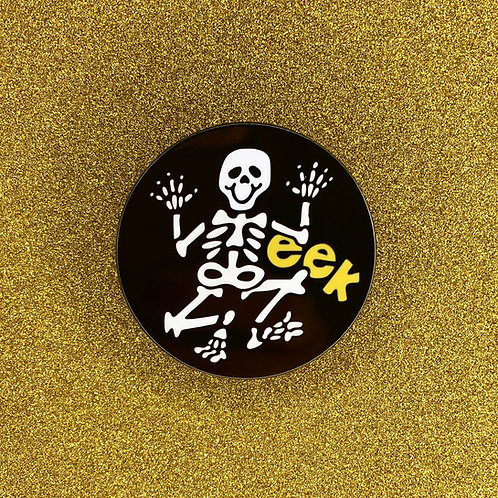 """EEK"" Retro Halloween Skeleton Enamel Pin"