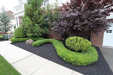 rubber mulch.jpg