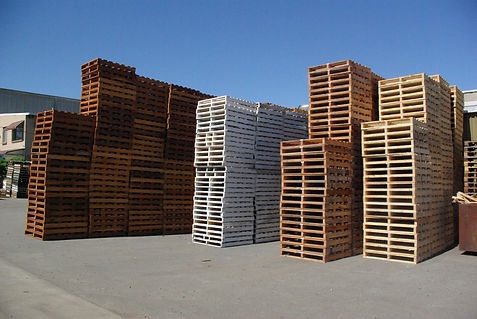 New and Secondhand wooden pallets