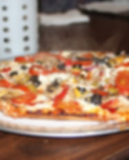 Mediterranean_Vegetable_Pizza.jpg