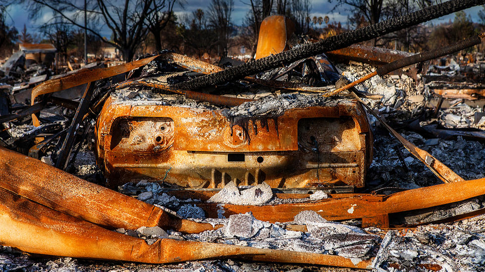 California-Wildfire-Tubbs-burned Ford Mu