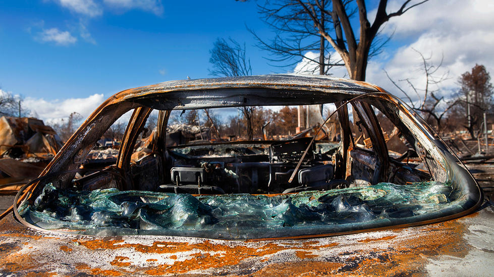 California-Wildfire-Tubbs-burned car-aus