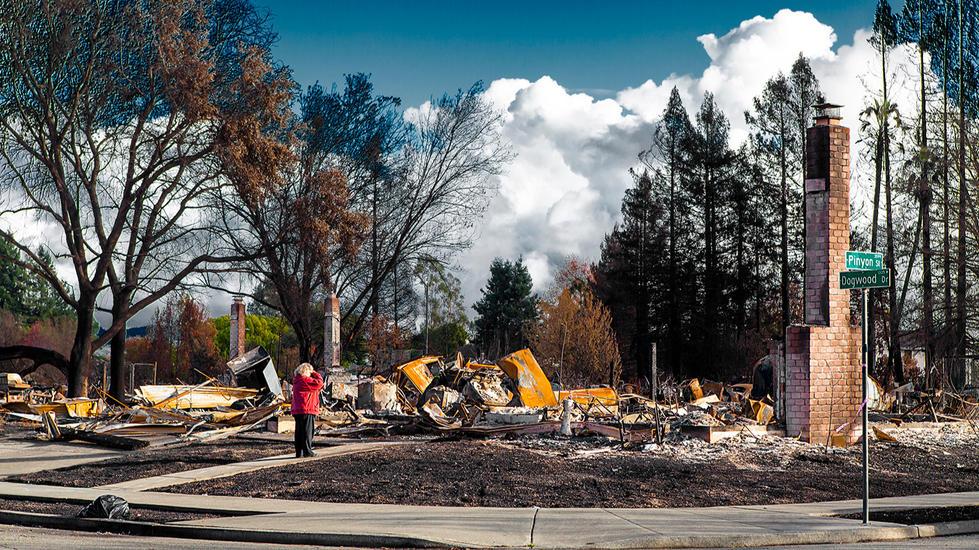 California-Wildfire-Tubbs-Furnaca-Ruine-