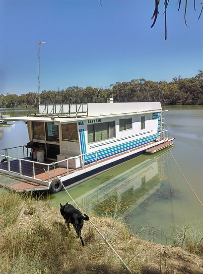 12 m Houseboat