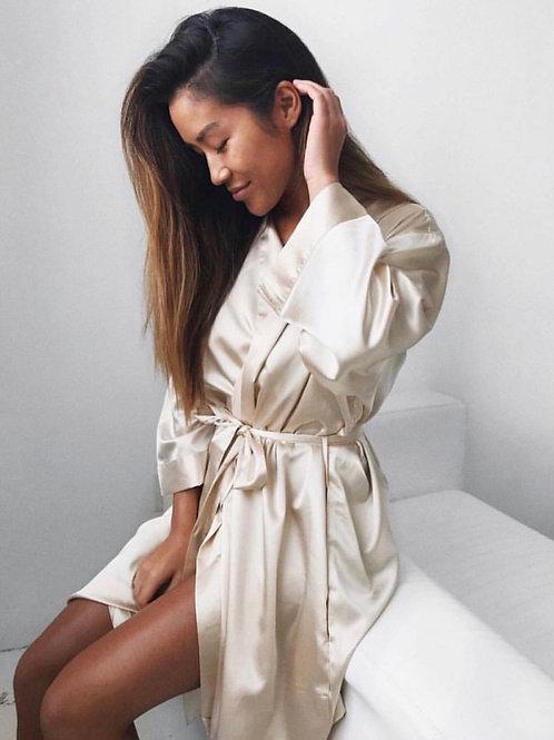 Nuda Silky Robe