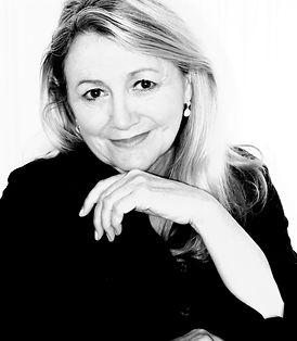 Portrait Marlene - Edited 3.jpg