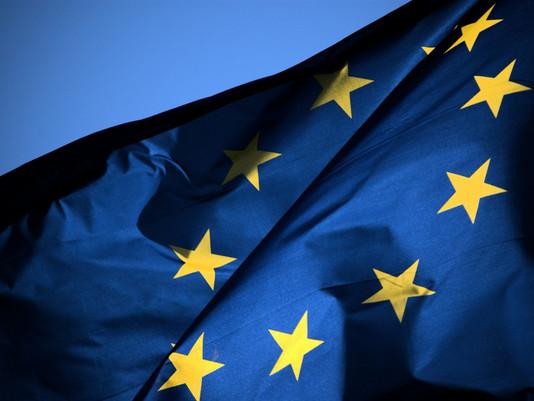 Ukraine ratifies association with E.U.