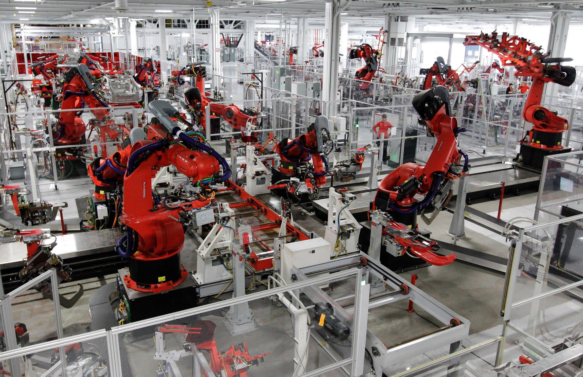 DWG 4.0  Factories