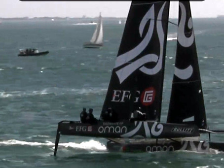 Spindrift 2ème à Marseille, Oman remporte le Bullitt GC32 Racing Tour.