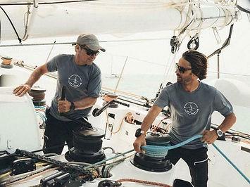 Alex Pella aux côtés de Romain Pilliard pour la tentative sur le record du tour du Monde à
