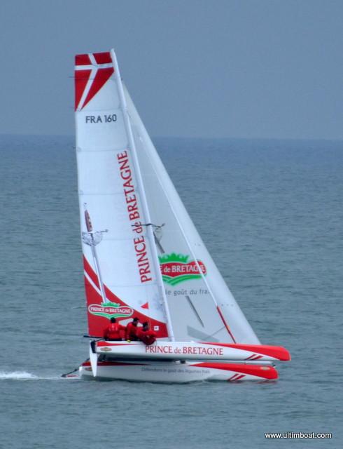 Skipper Lionel Lemonchois Equipage Didier Le Vrouc'h, Matthieu Souben, Benjamin Amiot