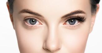 Magnetic Lashes vs Eyelash Extensions