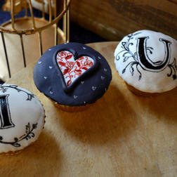 message cupcakes