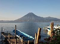 גוואטמלה אגם אטיטלאן.jpg