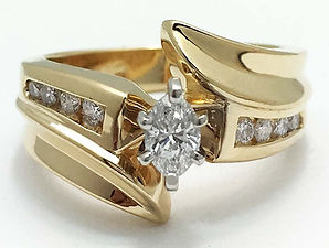 Yellow Gold Diamonds Ring