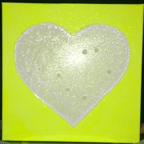 Love Light Neon Yellow