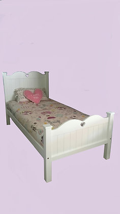 Heart Bed with matching footend