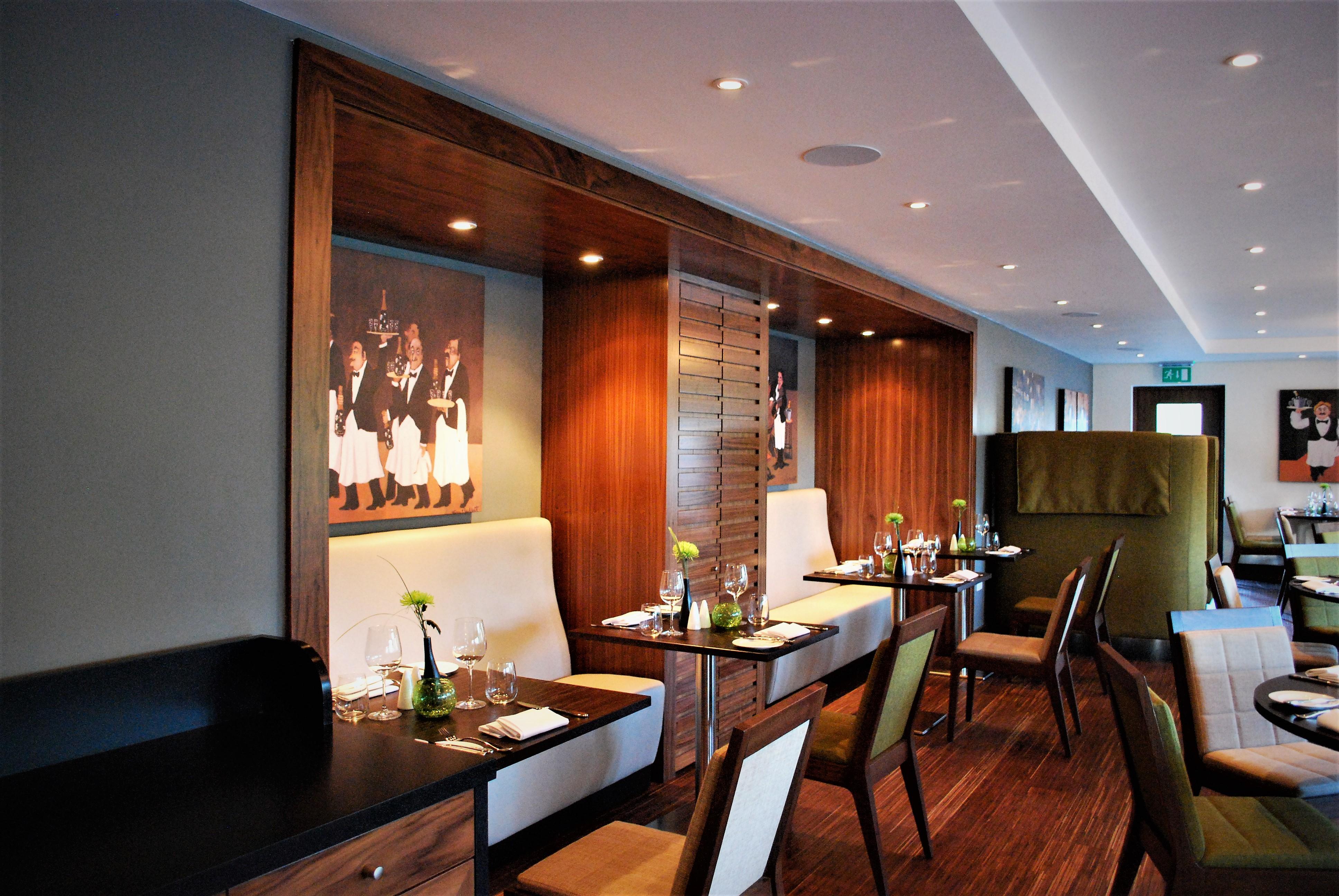 Hemel Dining Room 003 Commercial
