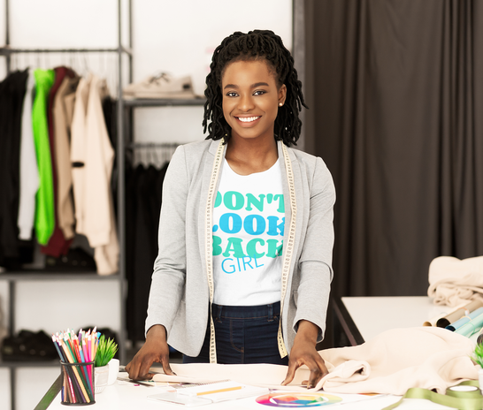 t-shirt-mockup-of-a-fashion-designer-in-