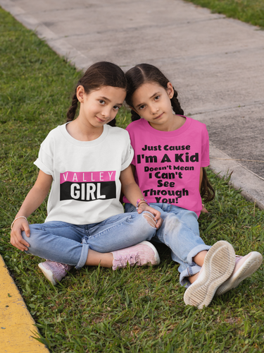 t-shirt-mockup-featuring-twin-girls-sitt