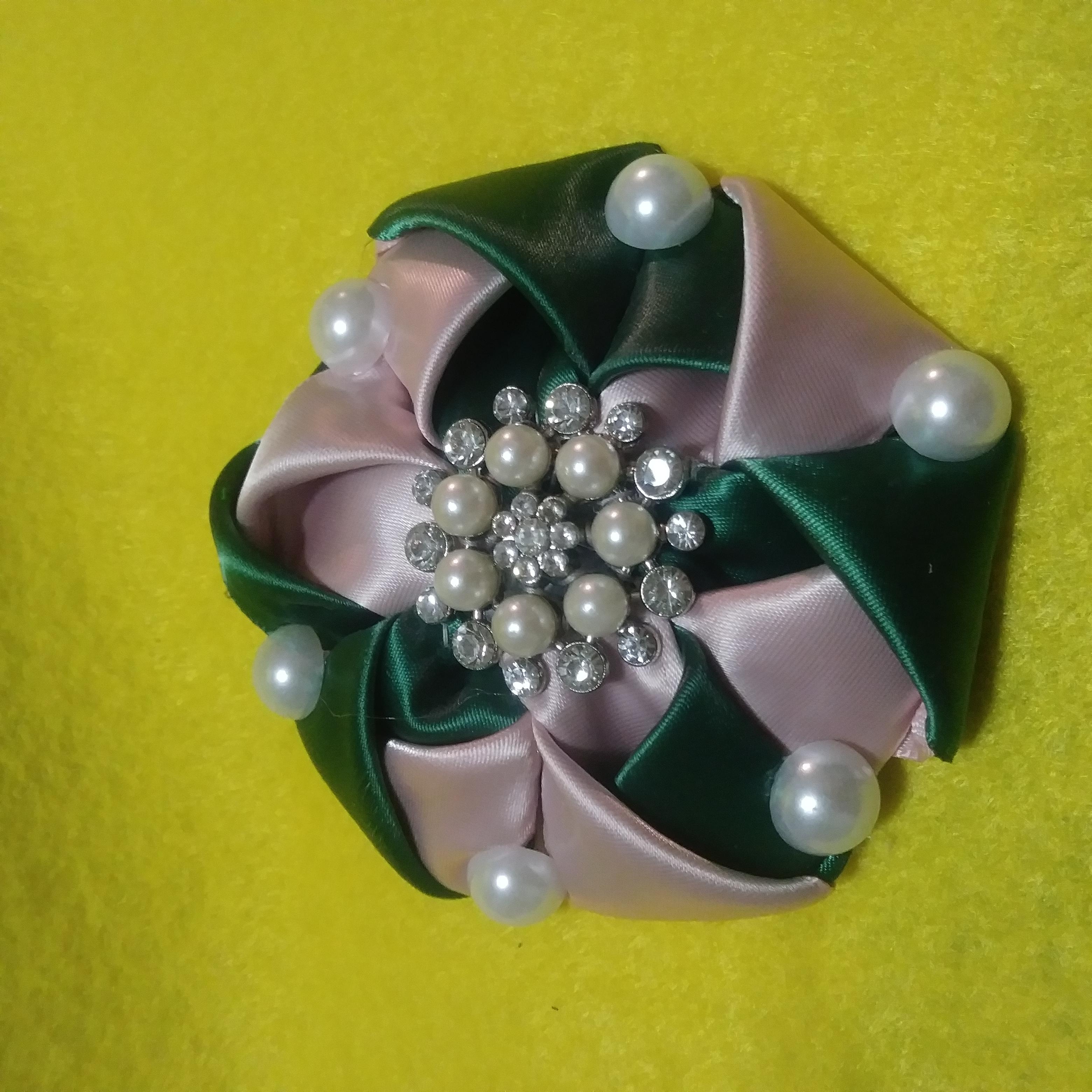 Pearl fold