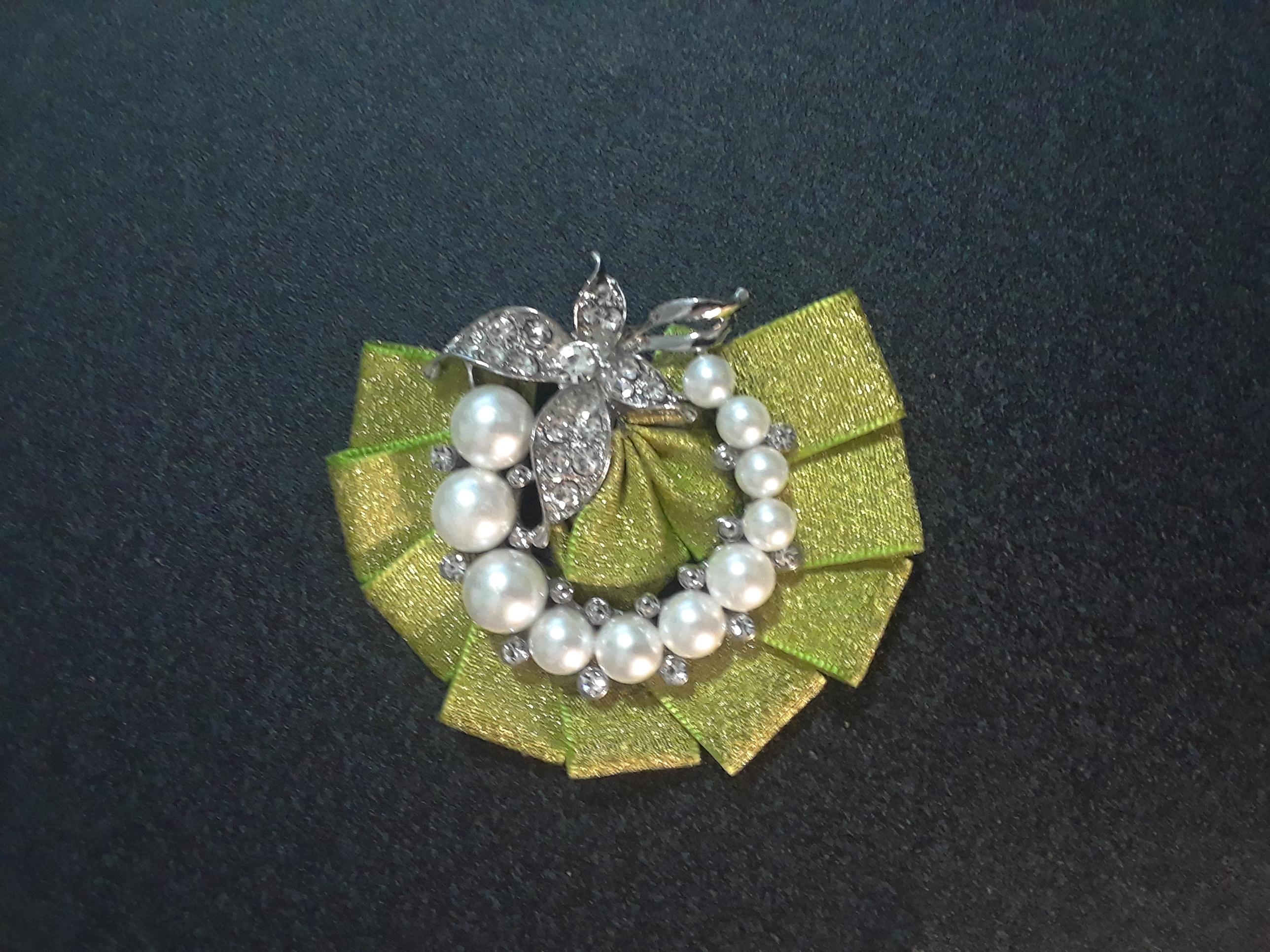 half pearl flyer