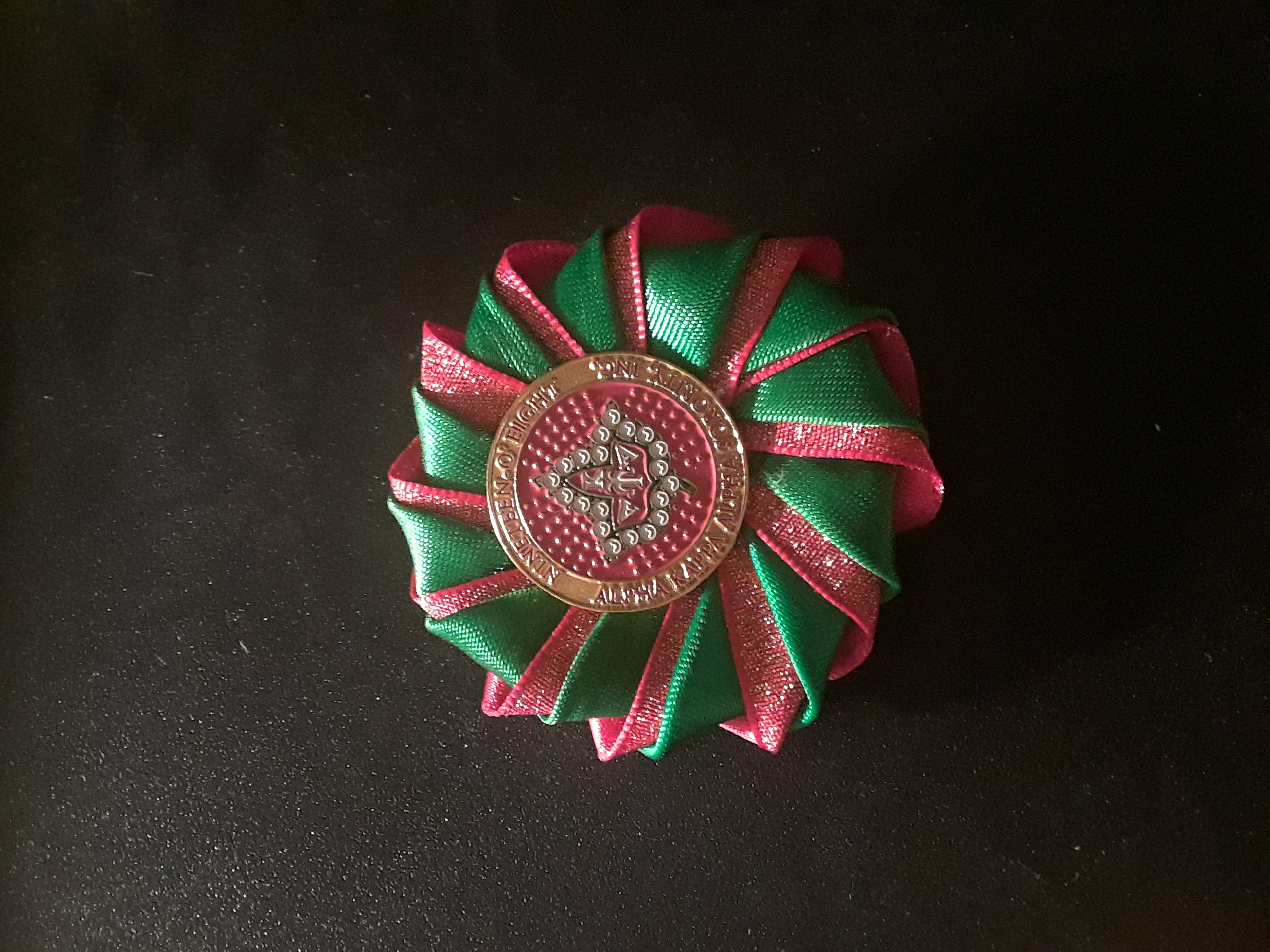 Mini Double spiral badge