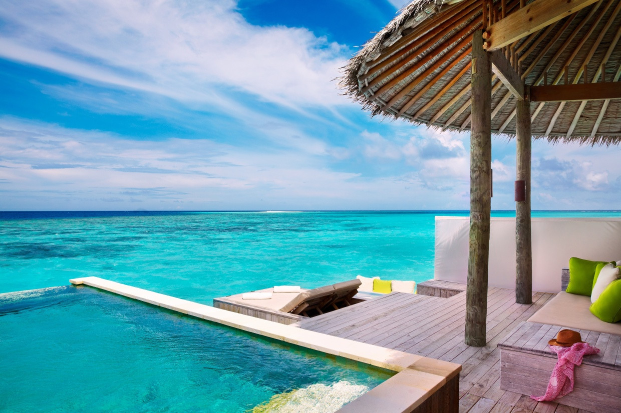 Laamu_Water_Villa_with_Pool_deck_[6037-L