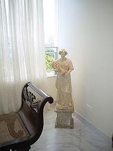 Apartamento no Bairro das Graçs, repleto de antiguidades da Famíla