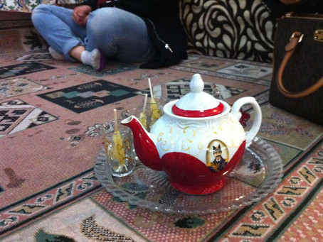 On Iranian Tea, and Ways to Drink It