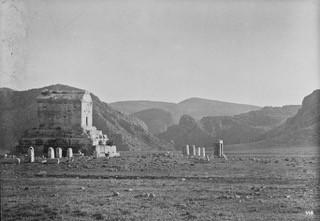 Ernst Herzfeld's Excavation of Pasargad