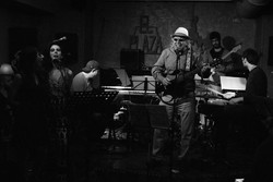 The Song Band y Miguel Cantilo
