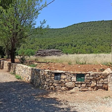 Ouvrage en pierre sèche, Claret (34)